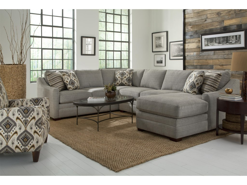 Hickory Craft F9 Custom CollectionCustomizable 4 Pc Sectional Sofa