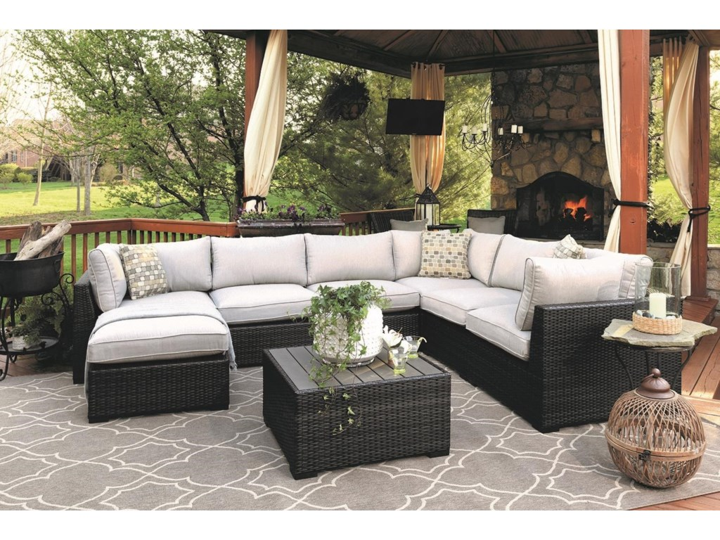 Milano 5-Piece Outdoor Wicker Sectional | Morris Home | Outdoor ...