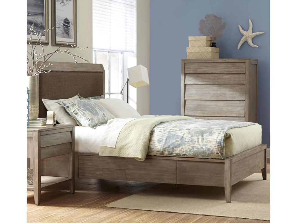 Cresent Fine Furniture Corliss LandingQueen Upholstered Bed