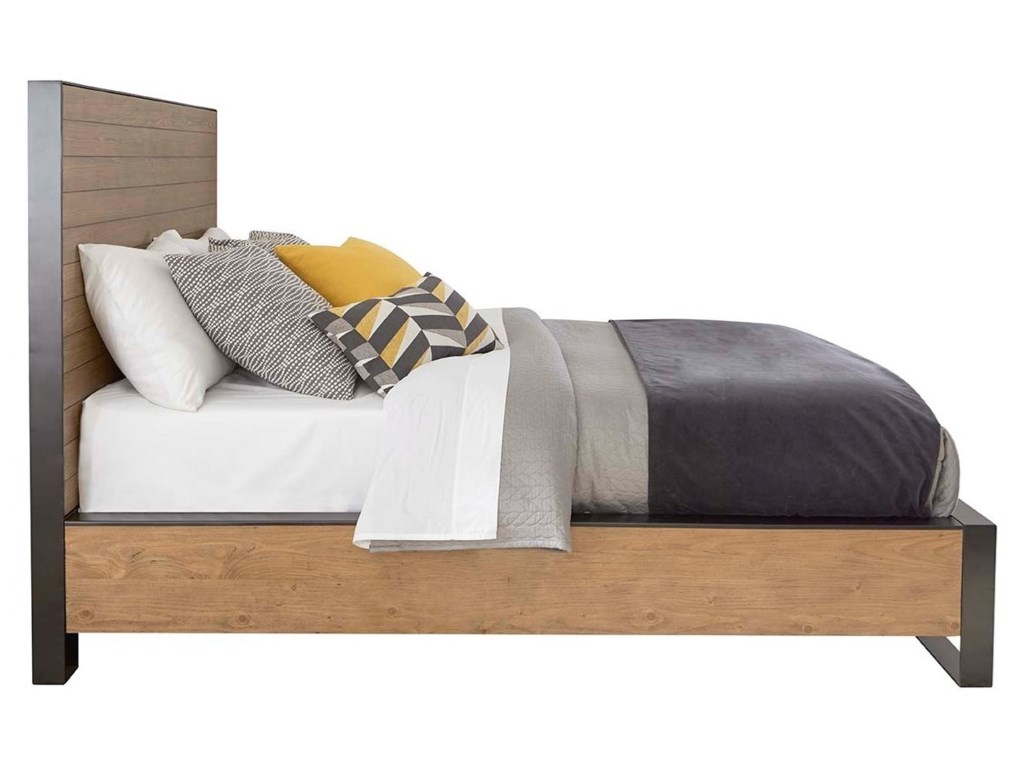 Cresent Fine Furniture EdgefieldQueen Panel Bed