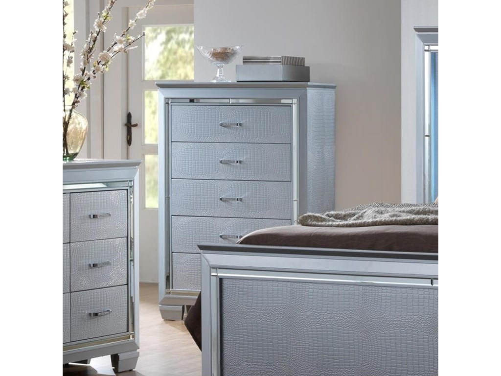 Crown Mark LillianChest of Drawers