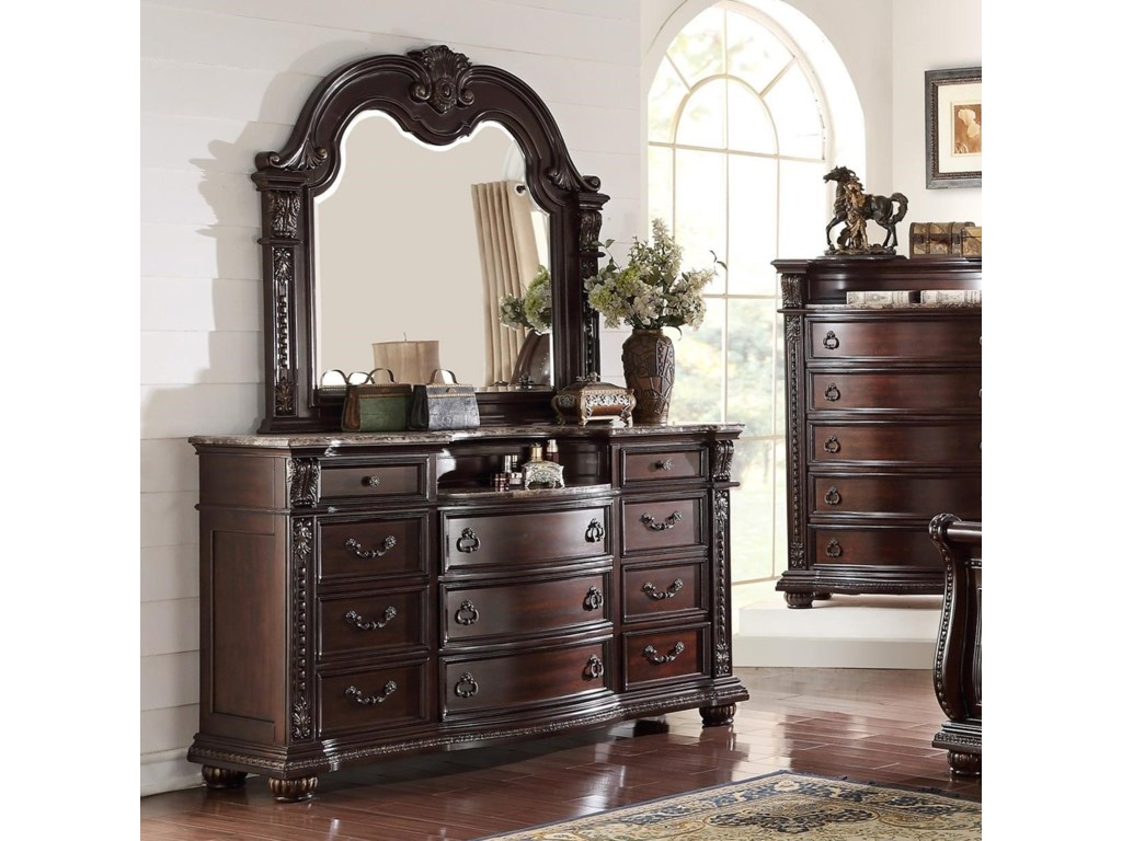 Stanley Bedroom Dresser and Mirror Set