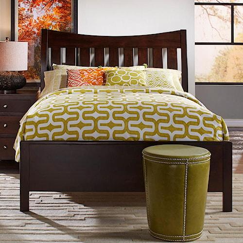 Daniel's Amish Bedfort Solid Wood Queen Bed