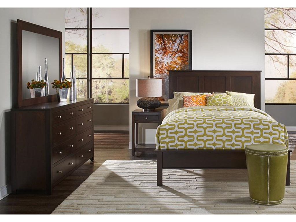 Daniel's Amish Concord Queen Solid Cherry Panel Bed