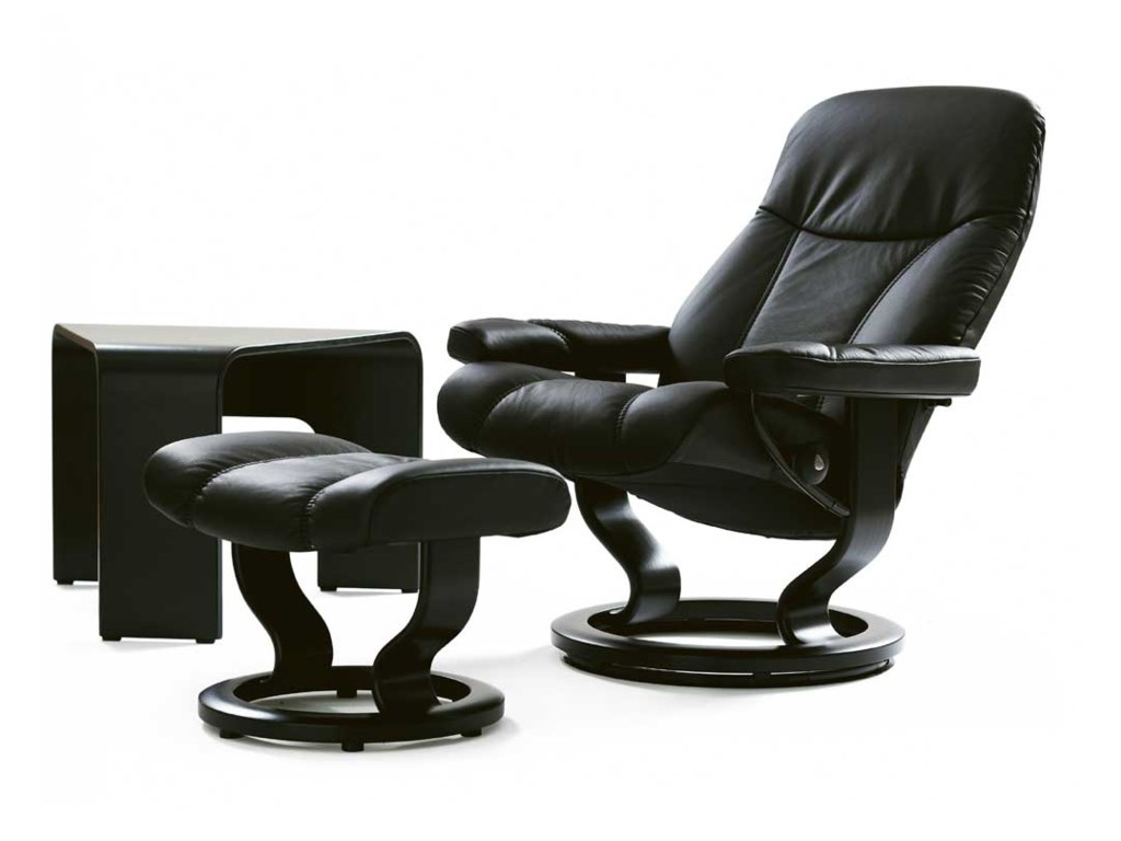 Stressless ConsulLarge Chair & Ottoman with Classic Base