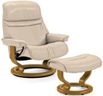 Stressless by Ekornes SunriseSmall Stressless Chair & Ottoman