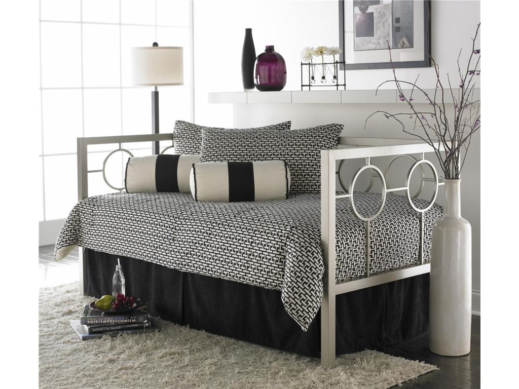 Fashion Bed Group DaybedsAstoria Daybed with Linkspring