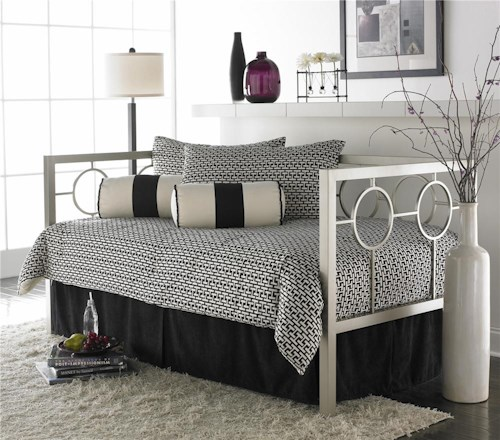 Fashion Bed Group Daybeds Astoria Daybed w/ Linkspring