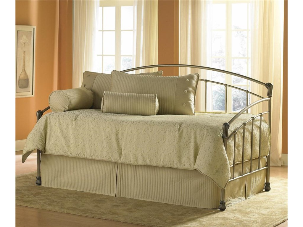 Fashion Bed Group DaybedsTuxedo Daybed with Linkspring