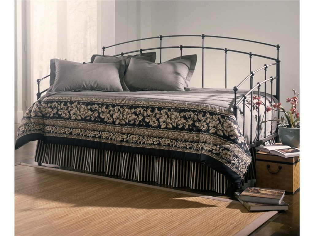 Fashion Bed Group DaybedsFenton Daybed with Link Spring