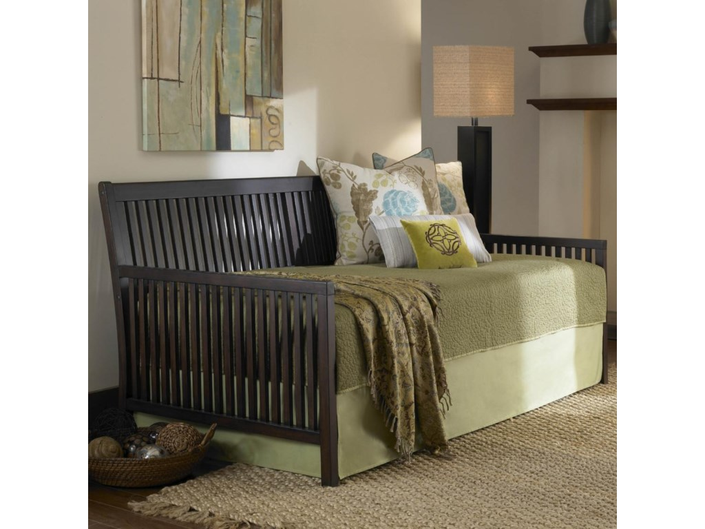 Fashion Bed Group DaybedsMission Daybed with Linkspring