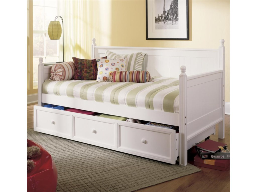 Fashion Bed Group Daybeds Casey Ii Daybed W Trundle Vandrie Home Furnishings