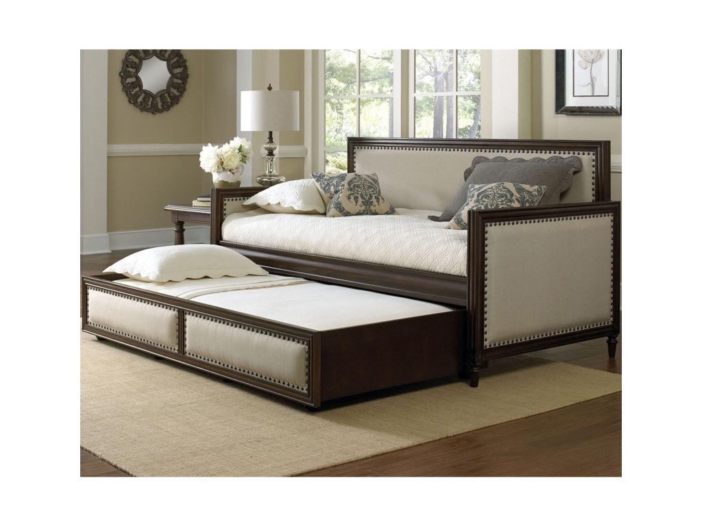 Fashion Bed Group GrandoverDaybed