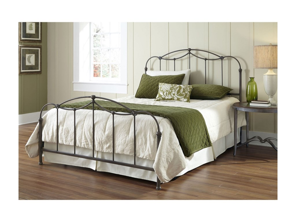 Fashion Bed Group Metal BedsQueen Affinity Bed