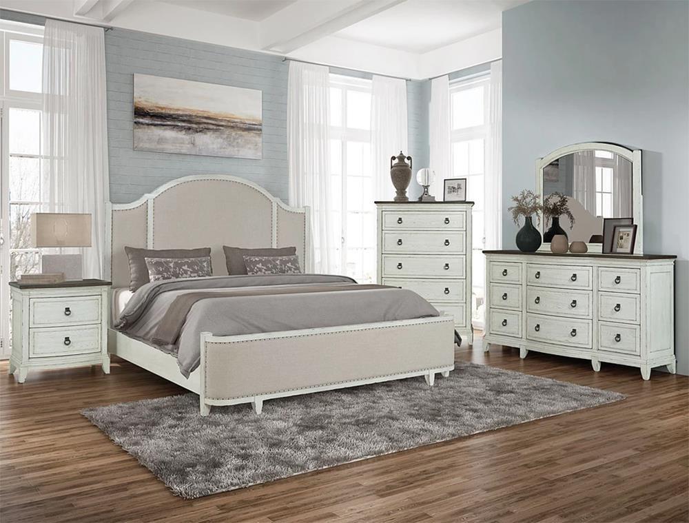 5PC Queen Bedroom Set w/ Upholstered Bed & Nailhead Trim