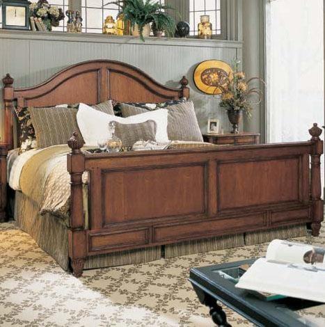 Fine Furniture Design RayLen Vineyards Queen Carolinius Panel Bed