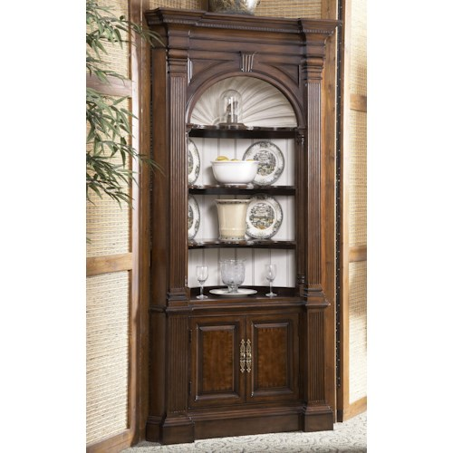 Belfort Signature Belmont Warwick Corver Cabinet with Carved Shell Backpanel