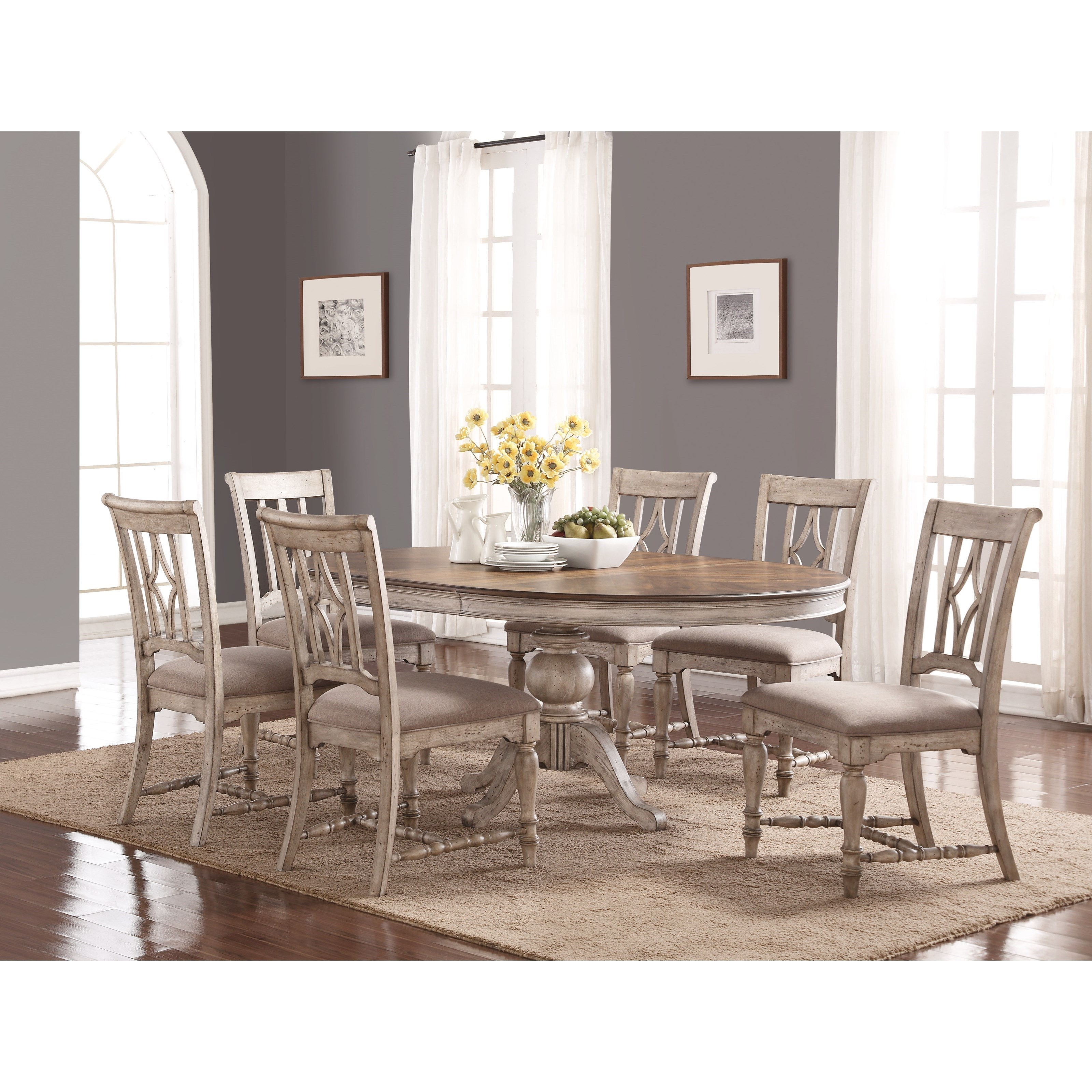 Relaxed Vintage Table and Chair Set with Pedestal Table