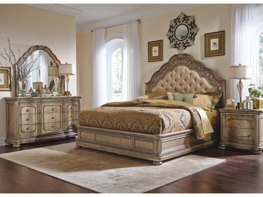 Flexsteel Wynwood Collection San CristobalQueen Bedroom Group