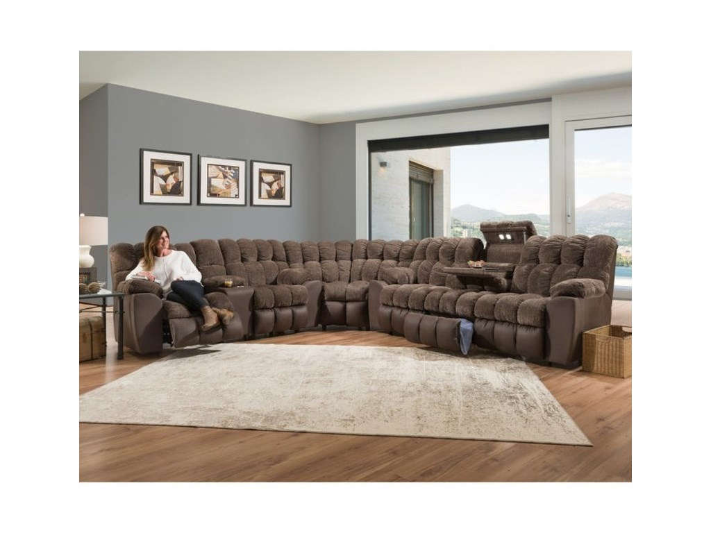 Franklin WestwoodReclining Console Loveseat