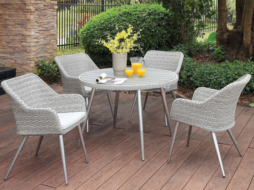 Outdoor Wicker Dining Sets For 4