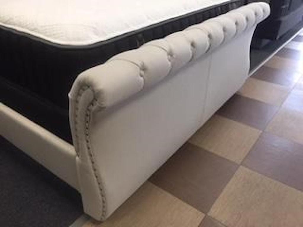 Hillsdale 2005hunterKing Upholstered Sleigh Bed