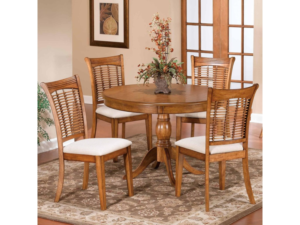 Hillsdale Bayberry and GlenmaryFive Piece Round Dining Set
