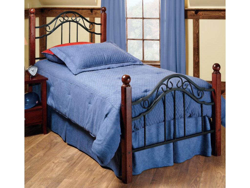 Hillsdale Metal BedsQueen Madison Bed