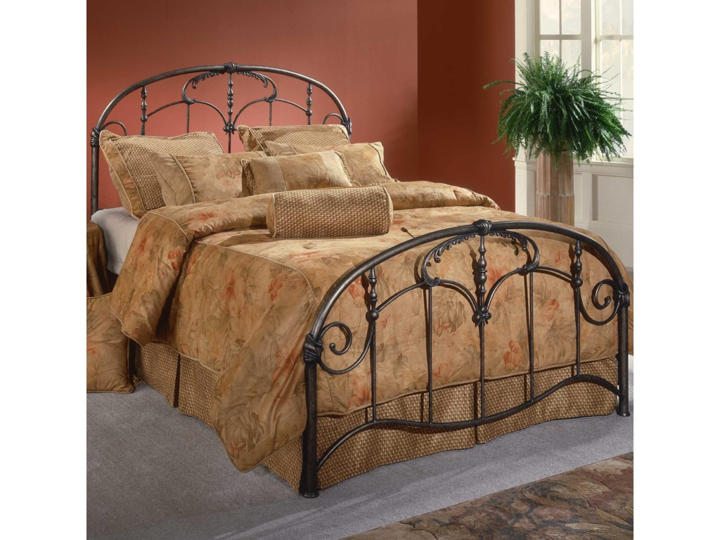 Hillsdale Metal BedsKing Jacqueline Bed