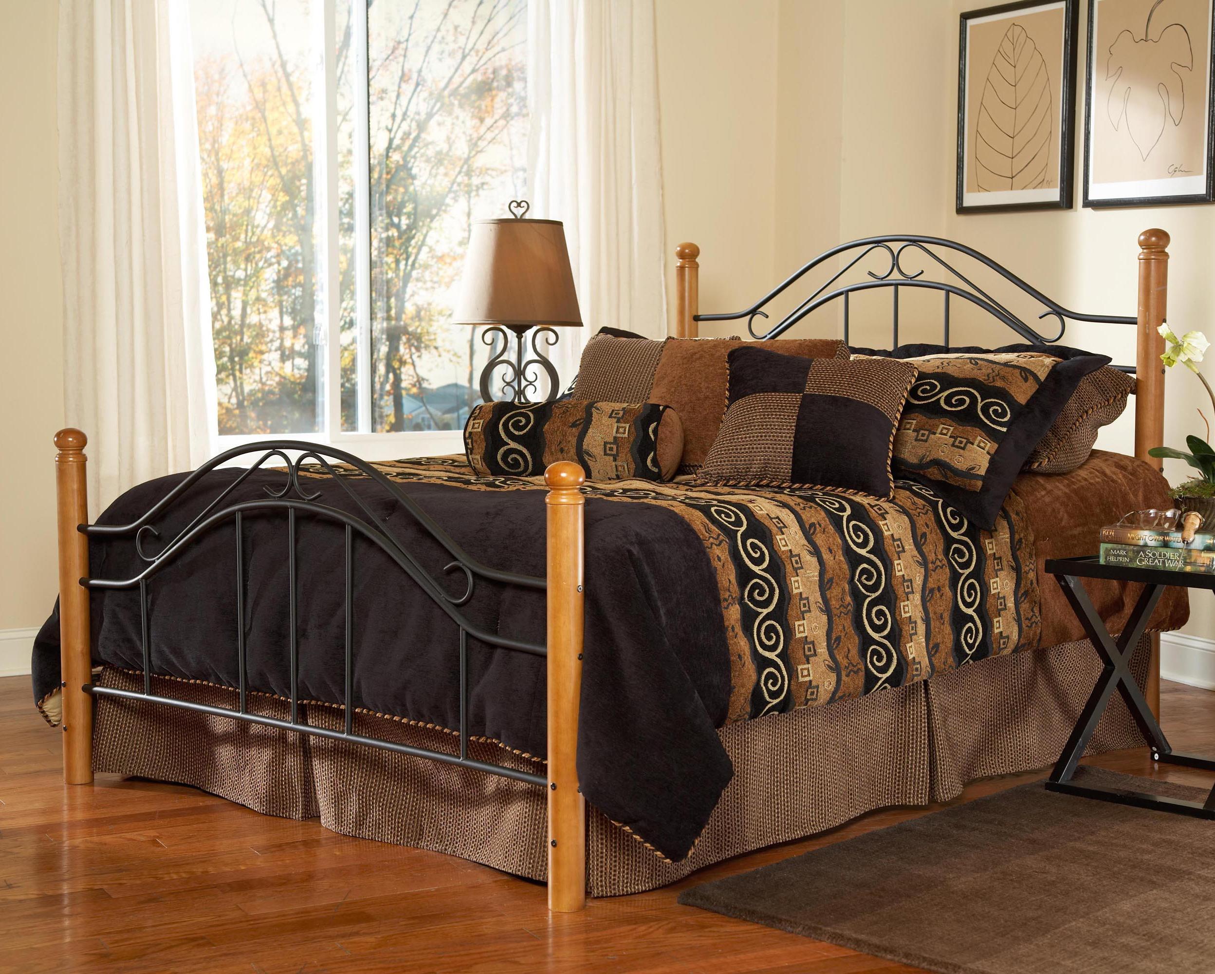 Queen Winsloh Bed