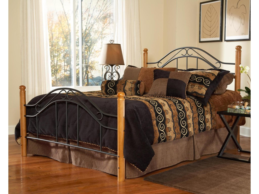 Hillsdale Wood BedsKing Winsloh Bed
