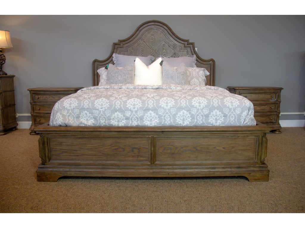 Home Insights Bryce CanyonQueen Panel Bed, Dresser, Mirror & Nightstan