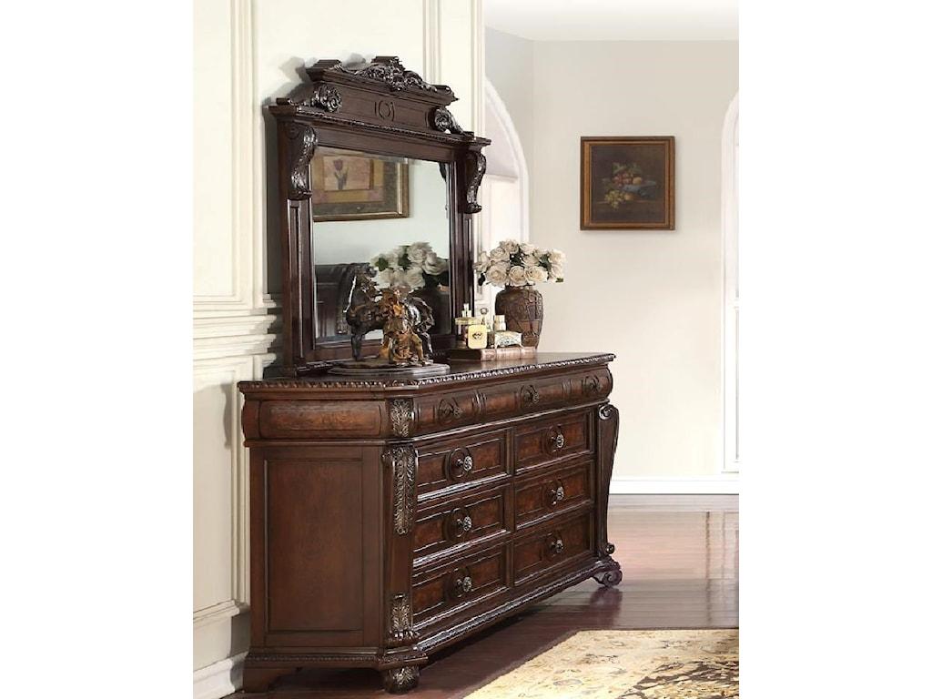 Home Insights Vintage9 Drawer Dresser