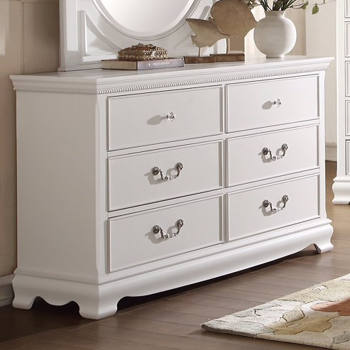 Homelegance 2039W Traditional Dresser with 6 Drawers