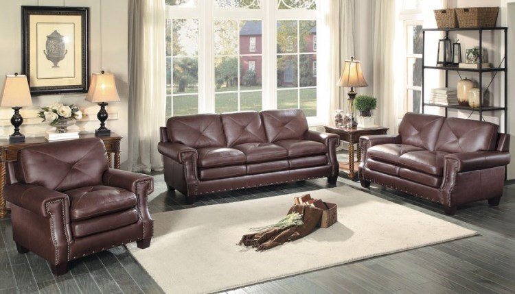 Homelegance GreermontTraditional Leather Loveseat