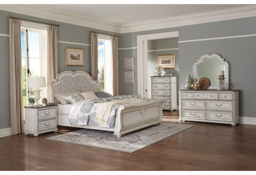 Queen Sleigh Upholstered Bed