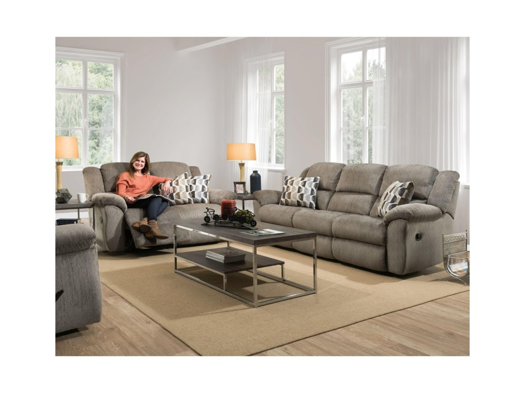 HomeStretch 173Reclining Loveseat