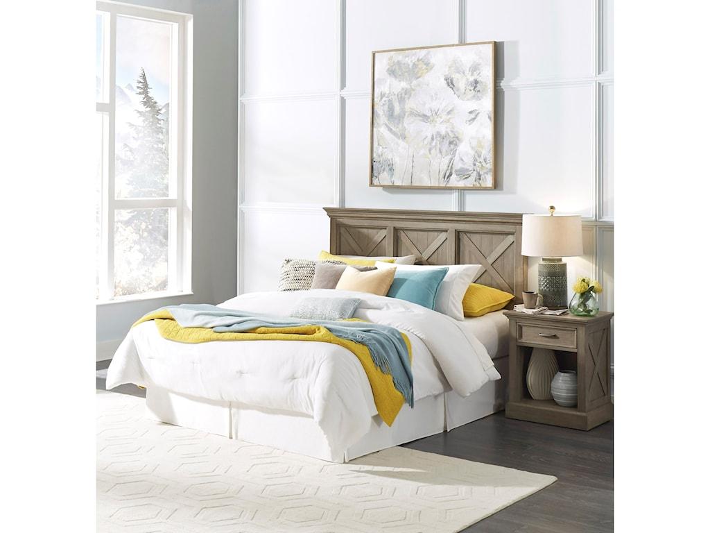 Homestyles Mountain LodgeQueen Bedroom Group