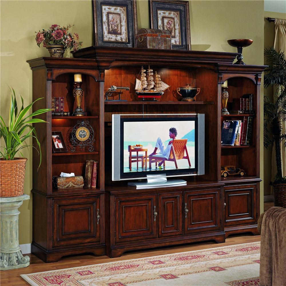 Merveilleux Hooker Furniture Brookhaven Entertainment Center With Interchangeable Wood/Glass  Doors