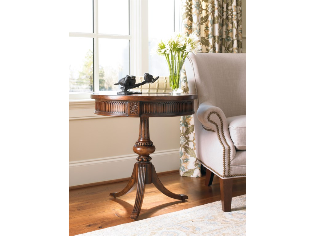 Hooker Furniture Living Room AccentsRound Pedestal Accent Table