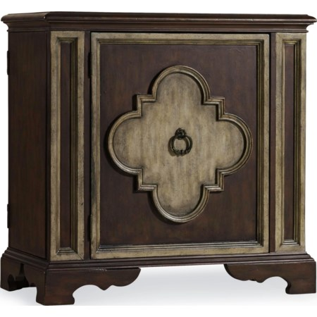 chest with doors