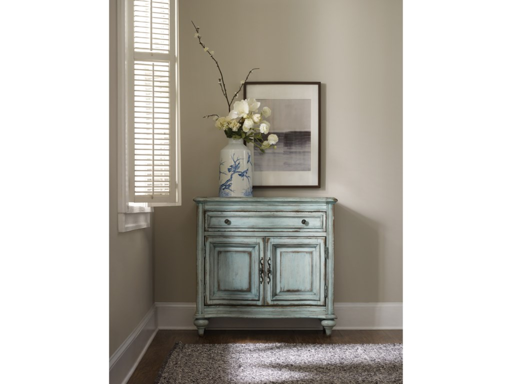Hooker Furniture Living Room Accents1-Drawer, 2-Door Chest