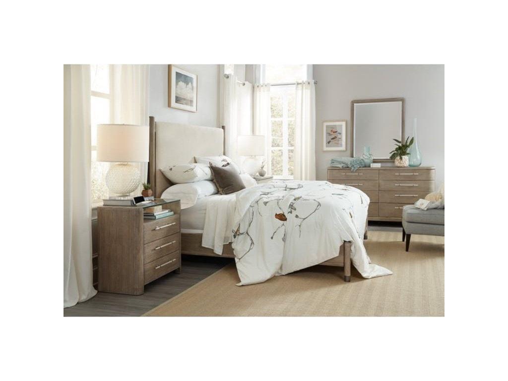 Hooker Furniture Affinity8 Drawer Dresser