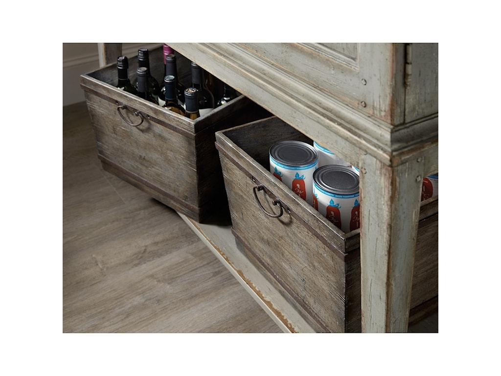 Hooker Furniture AlfrescoVino della Vita Vintners Cabinet