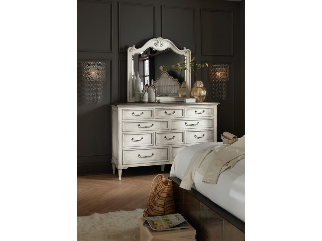 Hooker Furniture ArabellaTen-Drawer Dresser