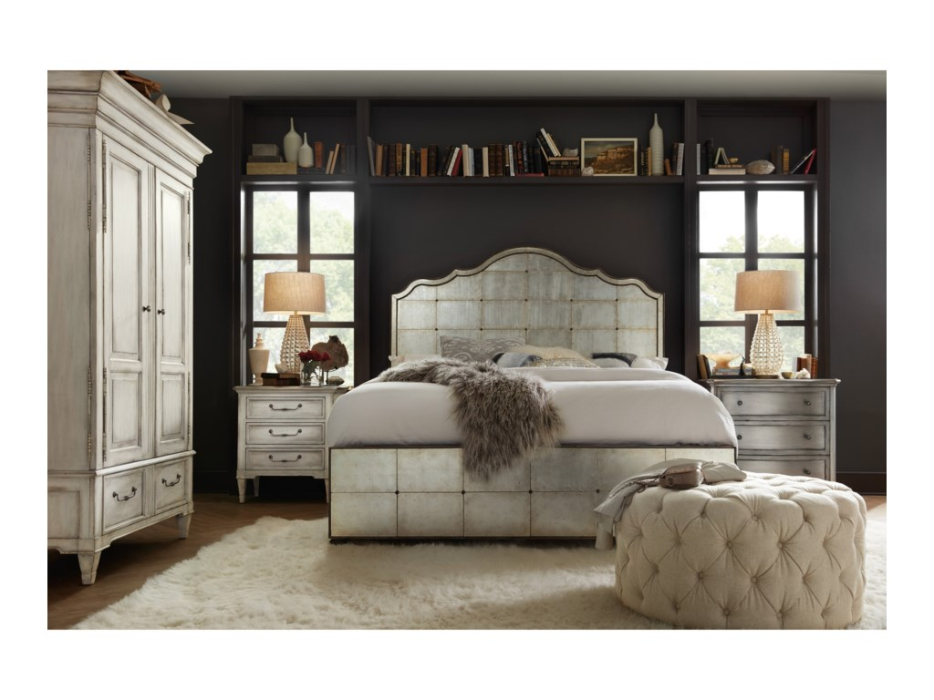 Hooker Furniture ArabellaQueen Mirrored Panel Bed