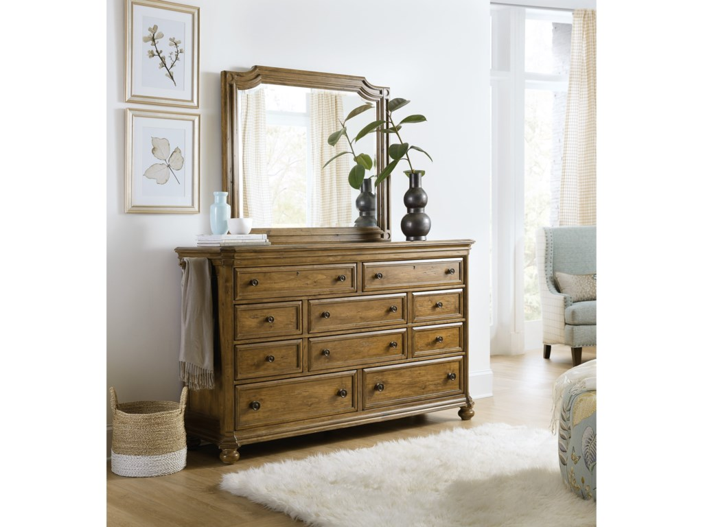 Hooker Furniture Ballanthyne10-Drawer Dresser