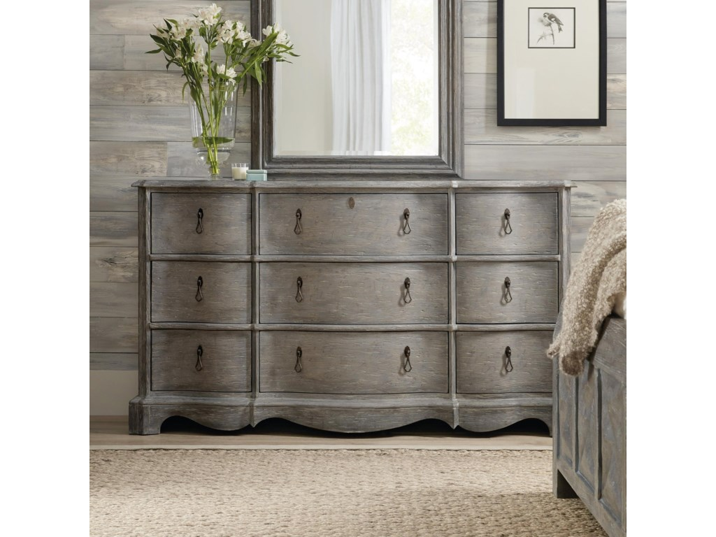 Hooker Furniture BeaumontNine-Drawer Dresser