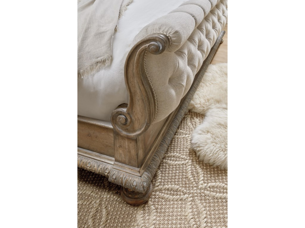 Hooker Furniture CastellaCalifornia King Tufted Bed