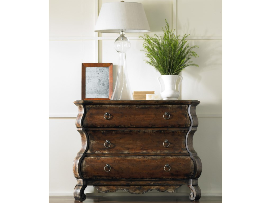 Hooker Furniture Chests and ConsolesThree-Drawer Chest